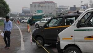 Although there has been a decline in the number of vehicle thefts in Gurugram in the past few months due to an increase in number of checkpoints and instances of random checking, police officials believe that a lot more needs to be done.(Parveen Kumar / HT File)