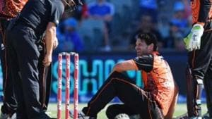 Nathan Coulter-Nile is down on the ground after suffering vertigo.(cricket.com.au/ Twitter)