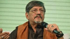 At the opening of an exhibition in the memory of artist Prabhakar Barwe on Friday evening, Palekar was repeatedly interrupted during his speech by some NGMA members.(HT File Photo)