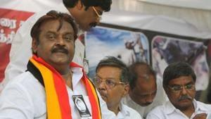 Actor-politician Vijayakanth's Desiya Murpokku Dravidar Kazhagam (DMDK) is all set to sign a poll pact with the BJP-led National Democratic Alliance (NDA).(Dijeswar Singh)