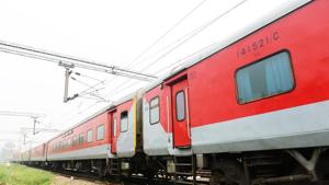 The Indian Railways will soon be able to add two more passenger coaches to Rajdhani and other air-conditioned express trains.(HT File Photo)
