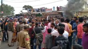 Soon after the bodies were recovered, locals staged a protest against the failure of the police to save the twin boys.(HT PHOTO)