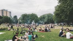 Spending 20 minutes in an urban park boosts happiness