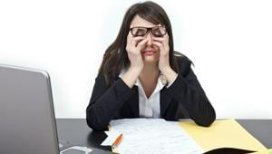 Women who work long hours have a higher risk of depression than men, study finds