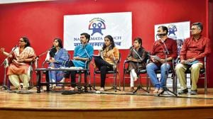 The play recitation of poet-writer Sandeep Mashoor's 'Safe Workplaces' for raising awareness about sexual harassment of women at workplace organised by Nari Samata Manch at Deccan Gymkhana received a good public response.(HT/PHOTO)