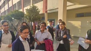ISC Mathematics Paper: Students of City Montessori School Gomti Nagar branch, Lucknow, discussing mathematics paper on Tuesday.(Rajeev Mullick/HT photo)
