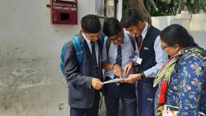 ICSE Physics paper: Students of St Teresa's College, Aashiana discussing physics paper after the exam on Tuesday.(HT photo)