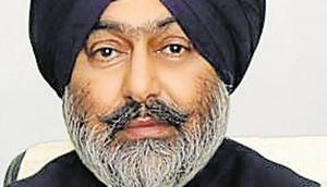 Former Akali Dal leader Mantar Singh Brar has been named as an accused in the FIR in connection with 2015 Kotkapura incident.(HT Photo)