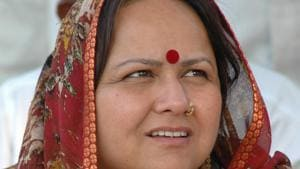 Seema Upadhaya was elected from MP from Fatehpur Sikri when she defeated Congress leader Raj Babbar in the 2009 parliamentary election.(HT)