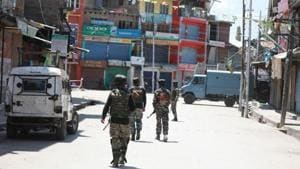 In the third attack on civilians in south Kashmir in the last two days, militants abducted and shot dead a civilian in Pulwama late on Thursday night, police said on Friday.(HT File Photo)