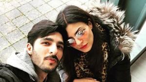 Sushmita Sen and Rohman Shawl in a new selfie on Instagram.(Instagram)