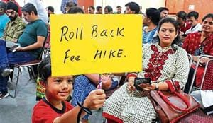 The Delhi government on Saturday said it would challenge the Delhi high court's ruling setting aside its order barring private unaided schools built on public land from unilaterally hiking fees.(HT File Photo)