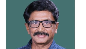 TDP's Murali Mohan recorded a thumping victory over Boddu Venkataramana Chowdary of the YSRCP in 2014, This time his daughter-in-law Maganti Roopa is the TDP candidate in Rajahmundry .(HT PHOTO)