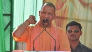 Uttar Pradesh Chief Minister Yogi Adityanath addresses an election rally to campaign for BJP candidates ahead of the Lok Sabha elections(HT)
