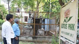 In Sushant Lok-1, residents started calling up DHBVN officials soon after the storm mellowed around 7.45pm to restore power supply, which only came around 11.45pm.(Yogesh Kumar/HT File PHOTO)