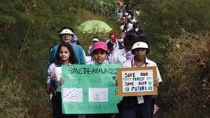 Gurugram should preserve the wonderful Aravalli Biodiversity park instead of planning roads to run through it.(Yogendra Kumar/HT File)