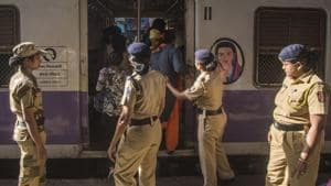 Train commuters across Maharashtra who want to contact the Government Railway Police (GRP) can be assured of a quick response by using the R Tracker app.(Pratik Chorge/HT Photo used for representational purpose)