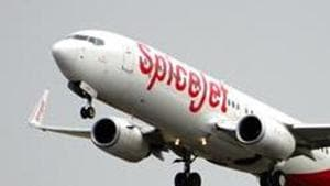 Spicejet to add five more 90-seater Bombardier Q400s to fleet