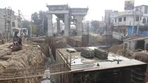 The Public Works Department (PWD) is constructing the railway overbridge (ROB) on the Bajghera railway crossing that will be opened for traffic in September this year. The PWD was to open the overbridge in December 2018.(HT File PHOTO)