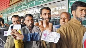 Kashmiri voters stand in a queue to cast their votes outside a polling station(ANI file photo)
