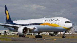 Aviation regulator asks Jet Airways for revival plan to start operations suspended yesterday, says will help