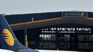 Jet Airways shares fall 10 percent