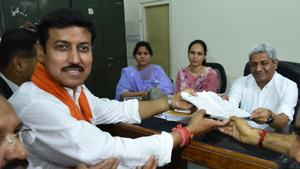 In Rajasthan, 98 Lok Sabha candidates file nominations on the last day