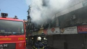 Officials of the disaster management cell of the Brihanmumbai Municipal Corporation(BMC) said that at around 11:50am the fire had been covered from all sides and will not spread further.(ANI Photo)