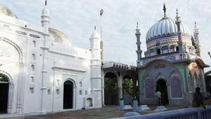 AtPatna's Mitan Ghaat mosque, women namazees will have an exclusive corner for the prayers and recitation of the Quran during the month of Ramzan.(HT Photo)
