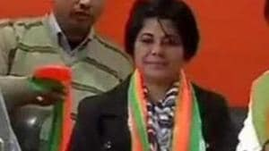 Bharati Ghosh, the BJP candidate from West Bengal's Ghatal constituency, has kicked up a row by threatening Trinamool Congress workers.(ANI Photo)