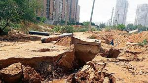 The pipeline was damaged near Pioneer Park, Sector 61. It took the GMDA 24 hours to repair the pipeline at cost of Rs 1.5 lakh.(Sourced)