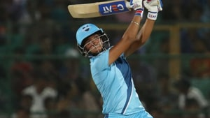 Harmanpreet Kaur played a brilliant innings in the Women's T20 Challenge final.(Twitter)