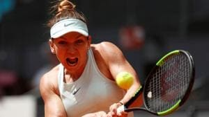Romania's Simona Halep in action during her semi final match against Switzerland's Belinda Bencic.(REUTERS)