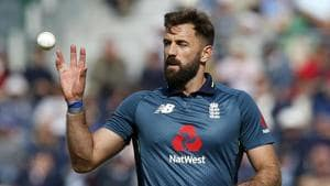 England's Liam Plunkett prepares to bowl during the second One Day International (ODI) cricket match.(AFP)