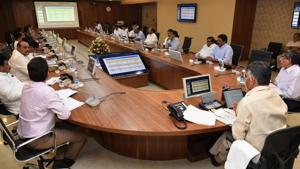 Andhra Pradesh N Chandrababu Naidu at his last cabinet meeting before elections results are declared on May 23.(HT PHOTO)