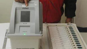 According to the officials, the five polling booths were identified after the polling staff said that they forgot to reset the CU of the EVMs after the mock poll drive.(HT Photo)