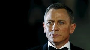 James Bond 25's woes continue, Daniel Craig injures ankle on set, filming cancelled