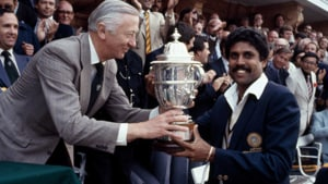 Kapil Dev receives the World Cup after India beat West Indies in the final in 1983.(Twitter)