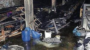 6 injured as fire breaks out in basement of textile print unit