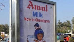 Considering increase in the cost of milk production, all member milk unions of Gujarat have increased milk purchase price.(Gurminder Singh /Hindustan Times/File Photo)