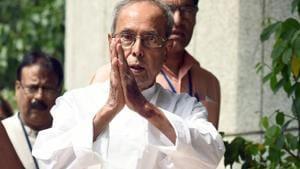 'Perfect elections': Pranab Mukherjee hails EC amid Opposition criticism
