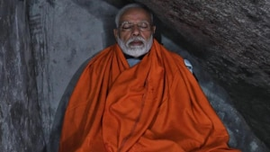 Wrapped in a saffron robe, Modi had meditated there for nearly 17 hours. His photos have gone viral on the social media.(HT Photo)