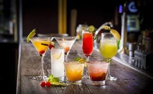 Gourmet Secrets: Tracing the history of today's drink of choice... the good old cocktail!