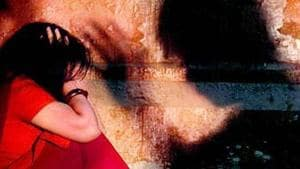 A medical examination of the minor confirmed rape, police said, adding a team has been sent to Jodhpur hunt down accused Narpat, Kavita and Ram.(HT File)