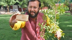 Calling for active public participation in World Environment Day celebrations on June 5, Union Environment Minister Prakash Javadekar Tuesday launched #SelfieWithSapling campaign.(Twitter/abhinavbillaiya)