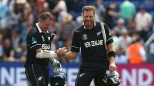 New Zealand's Colin Munro (L) celebrates with teammate New Zealand's Martin Guptill(AFP)