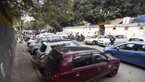 According to an investigating officer, who did not wish to be named, on Monday evening, an officer of the crime branch received information about an automobile repair store where stolen cars were kept.(HT Photo)