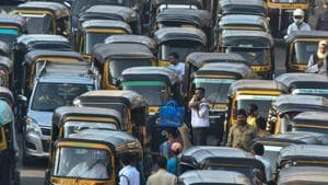 If autorickshaw unions get their way, the minimum fare could get revised to Rs. 24 from the current Rs. 18 for a distance of 1.5km.(Shashi S Kashyap/ HT PHOTO)