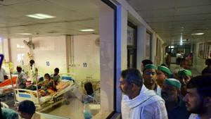 The Centre has constituted a team of multi-specialists which will visit Bihar on Wednesday to assist the state after at least 30 children died this month.(PTI)