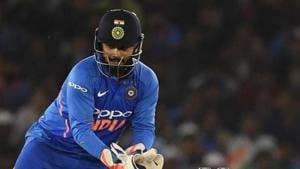 India wicket keeper Rishabh Pant (L).(AFP)